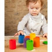6 Cubiletes de Colores con Tapa