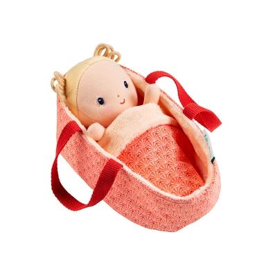 Bebé Anaïs con Capazo