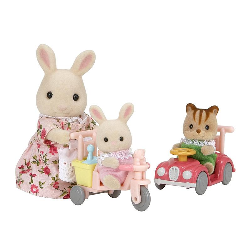 Mamá Conejo y Bebés con Cochecitos de Juego
